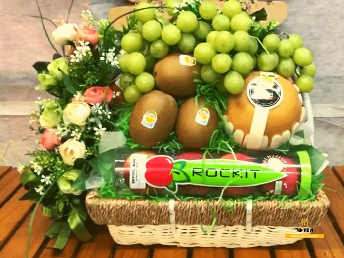 Giỏ trái cây chúc mừng - FSNK110 | MKnow.vn0