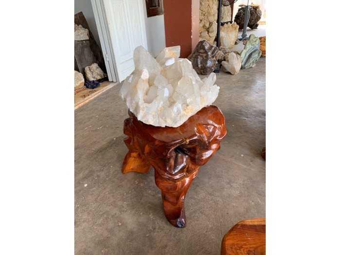 tinh thể đá thạch anh pha Lê khủng 39 kg thiên nhiên4
