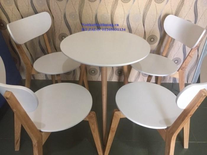 Bộ bàn ghế mặt tròn1
