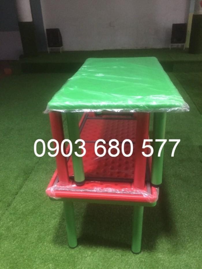 Cần bán bàn nhựa hình chữ nhật cho trẻ em mầm non5