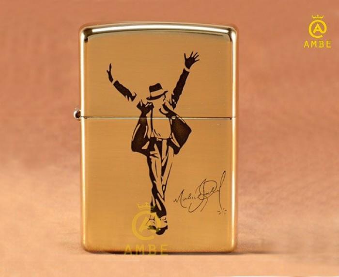 Bật lửa Zippo Mỹ in hình Michael Jackson Z070