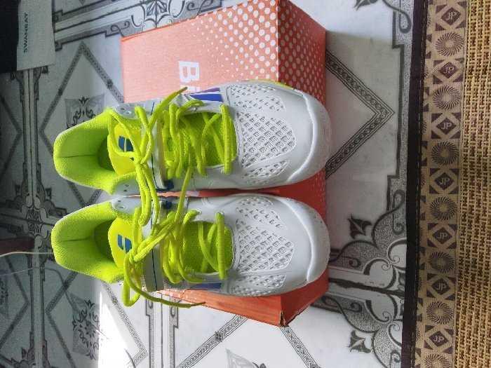 Giày tennis2