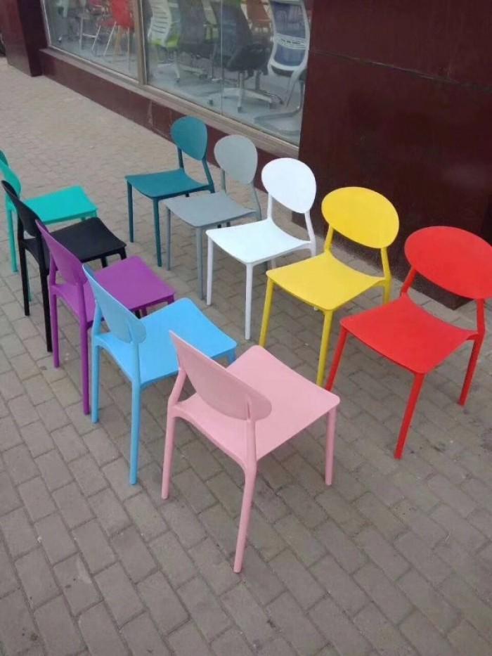 Xả kho thanh lý lô ghế nhựa đúc nhiều màu nhiều mẫu mã0