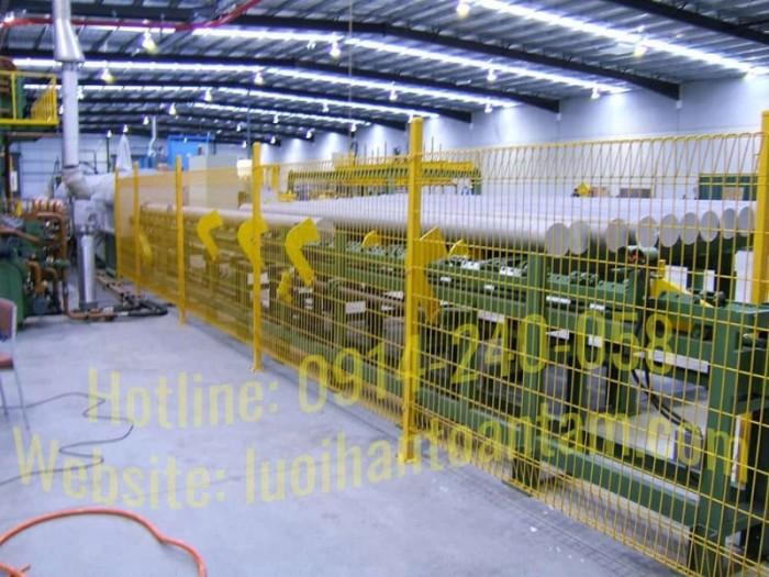 Lưới làm hàng rào công trình1