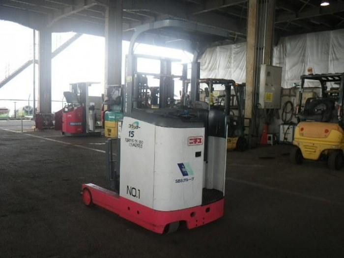 Xe Nâng Điện Đứng Lái KOMATSU 1500kg 1 tấn rưỡi xe nâng điện cũ của Nhật Bản1