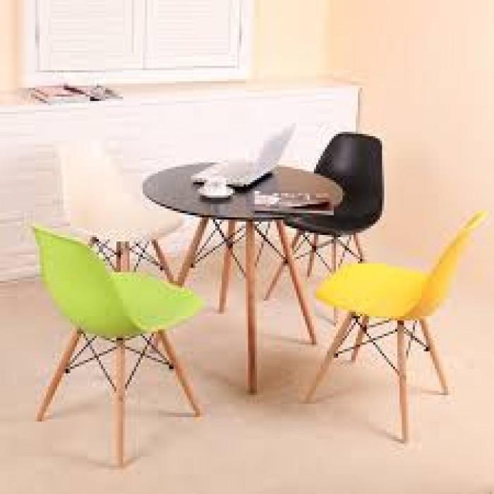 Thanh lý bộ bàn ghế nhựa chân gỗ giá rẻ sg3