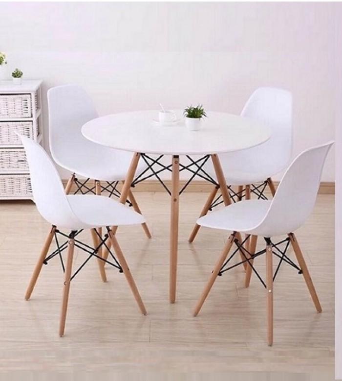 Thanh lý bộ bàn ghế nhựa chân gỗ giá rẻ sg2
