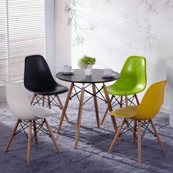 Thanh lý bộ bàn ghế nhựa chân gỗ giá rẻ sg1