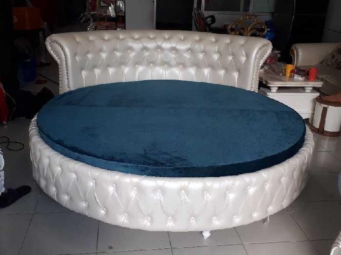 Giường tròn HCM0