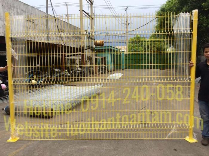 Hàng rào lưới thép hàn Toàn Tâm; Sản xuất trực tiếp không qua trung gian1