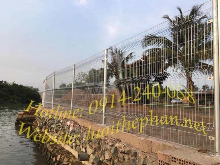 Hàng rào lưới thép hàn Toàn Tâm; Sản xuất trực tiếp không qua trung gian4