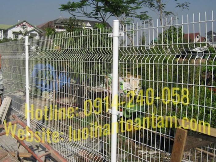 Hàng rào lưới thép hàn Toàn Tâm; Sản xuất trực tiếp không qua trung gian6