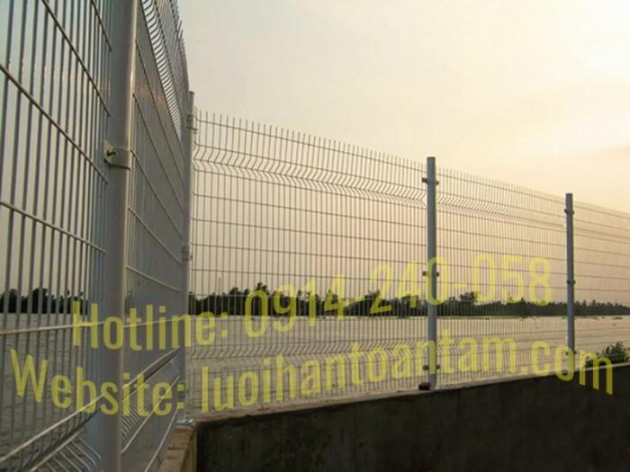 Hàng rào lưới thép hàn Toàn Tâm; Sản xuất trực tiếp không qua trung gian7