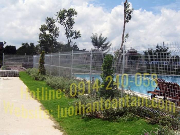 Hàng rào lưới thép hàn Toàn Tâm; Sản xuất trực tiếp không qua trung gian11