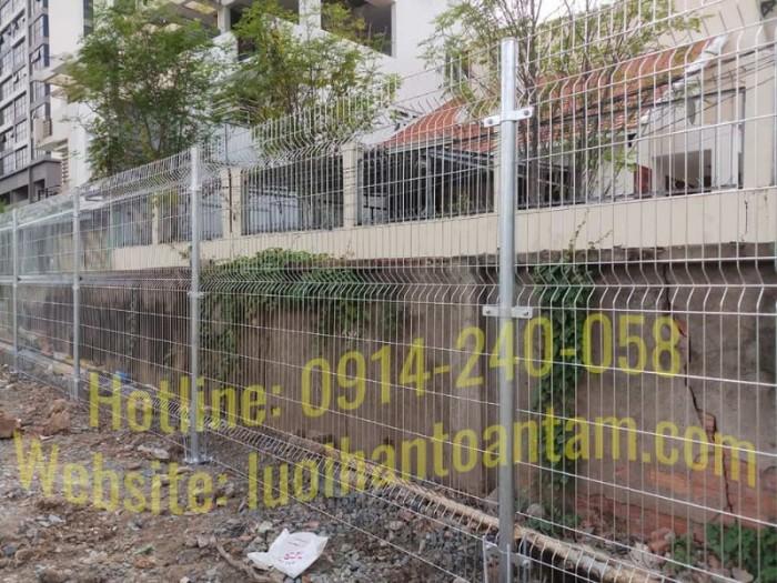 Hàng rào lưới thép hàn Toàn Tâm; Sản xuất trực tiếp không qua trung gian16