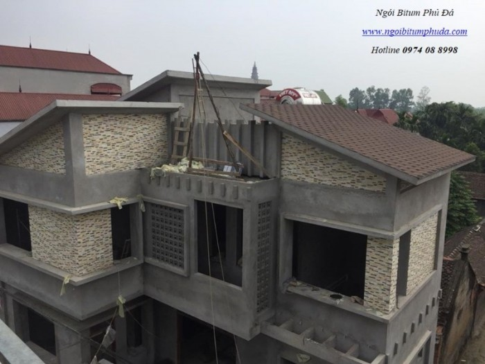 Ngói bitum phủ đá cho mái nhà biệt thự3