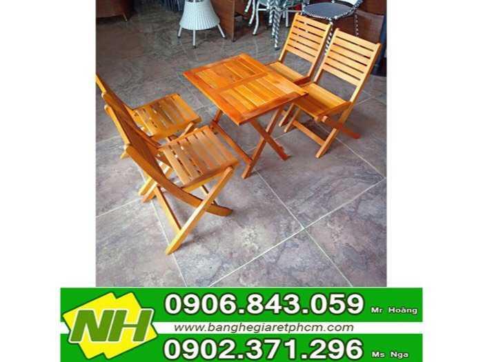 bàn ghế xếp gỗ thấp giá rẽ0