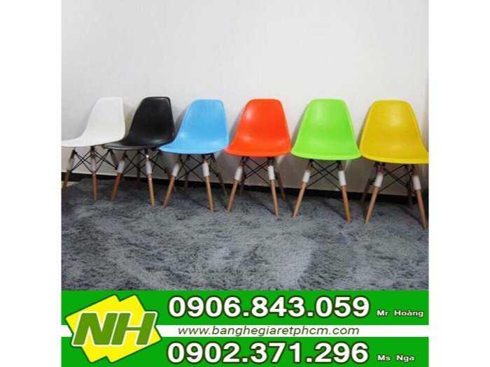Ghế nhựa chân gỗ nội thất nguyễn hoàng0