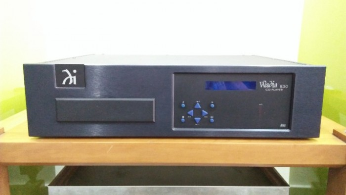CD WADIA MODEL 830 . DESIGNED AND MANUFACTURED IN THE USA0