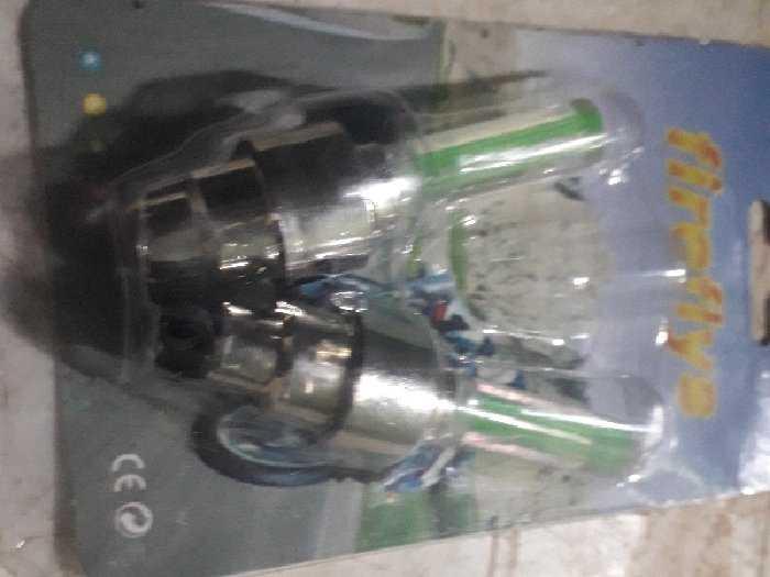 Sảm phẩm này là đèn led gắn van xe máy2