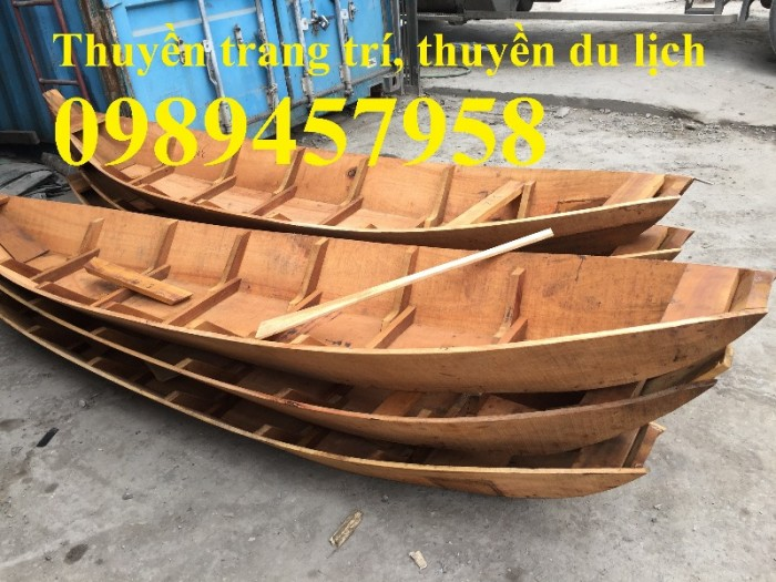 Những mẫu thuyền gỗ đẹp trang trí nhà hàng, Thuyền gỗ bày hải sản14