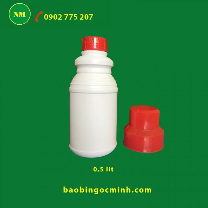 chai nhựa 2 nắp phểu 1 lít 18