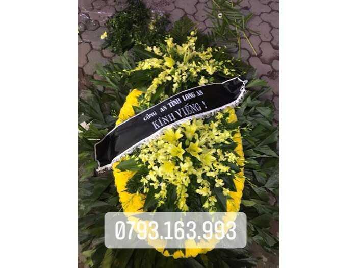 vòng hoa tang lễ, đặt vòng hoa đám ma2