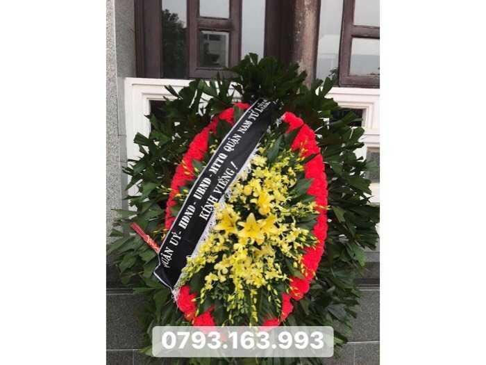vòng hoa tang lễ, đặt vòng hoa đám ma4