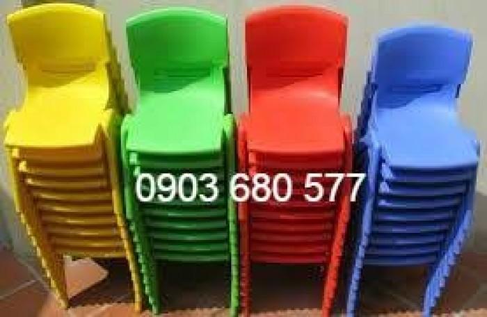 Cần bán ghế nhựa đúc dành cho trẻ em mầm non3
