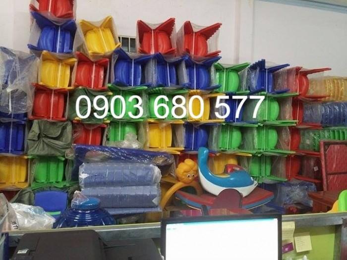 Cần bán ghế nhựa đúc dành cho trẻ em mầm non13