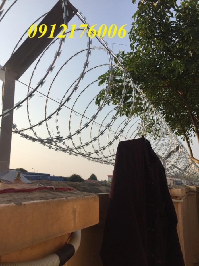Hàng rào dây thép gai giá tốt nhất tại Hà Nội19