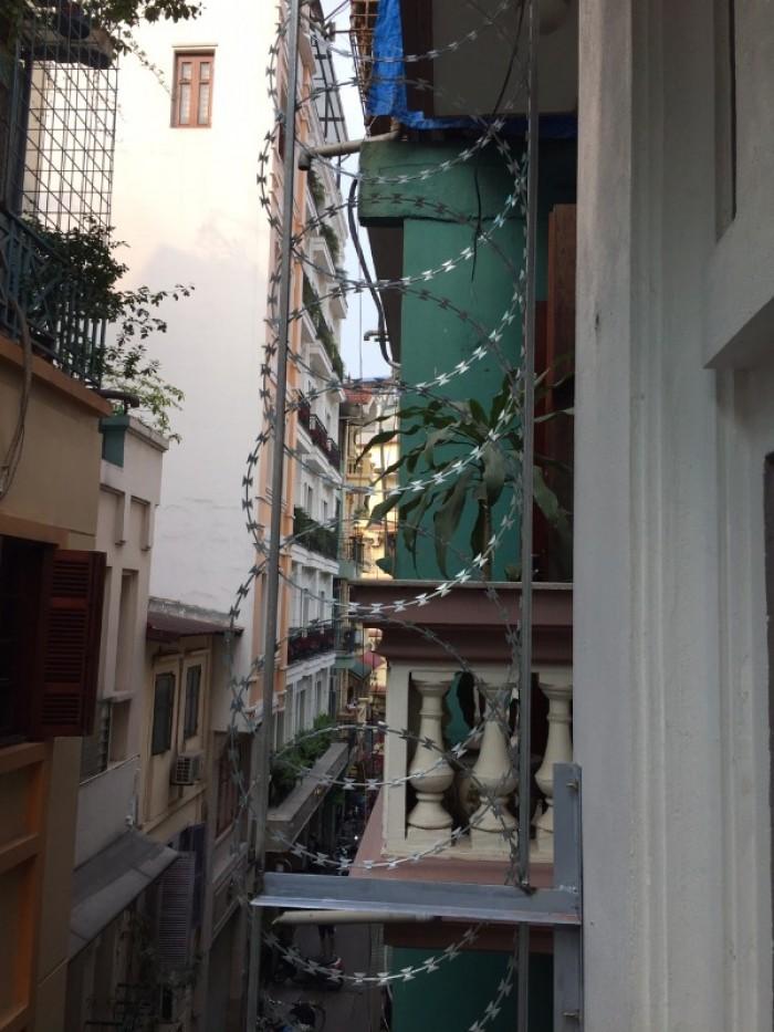 Hàng rào dây thép gai giá tốt nhất tại Hà Nội14