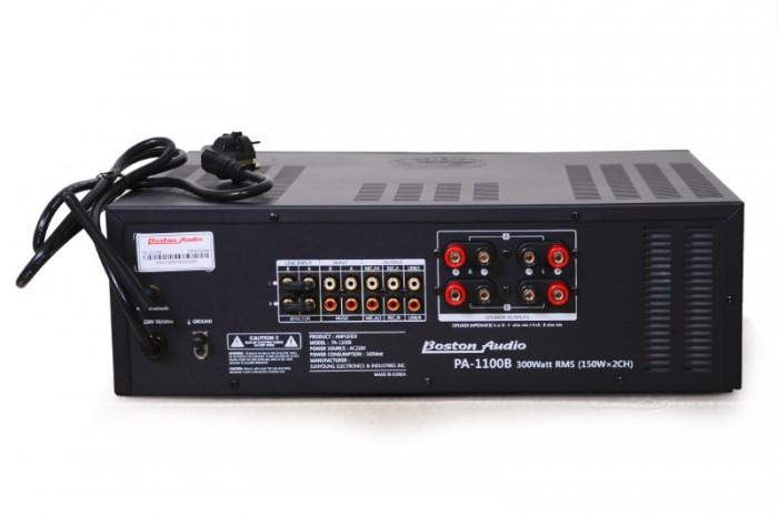 AMPLY BOSTON AUDIO PA-1100B Công suất ra loa: 300W/ 2CH, Công suất tiêu thụ: 500W. 2
