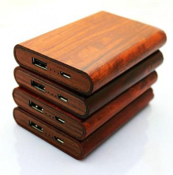 Sạc dự phòng bằng gỗ khắc logo doanh nghiệp2