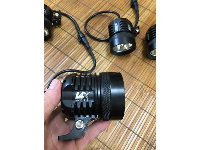 đèn trợ sáng L4x1