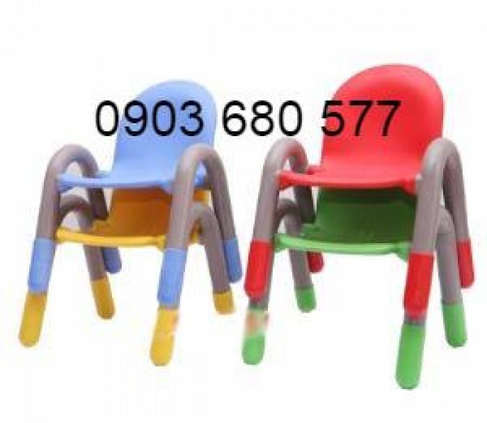 Cần bán ghế nhựa có tay vịn cho lớp mẫu giáo, trường mầm non6