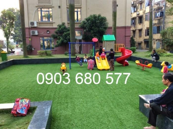 Chuyên thi công cỏ nhân tạo cho trường học, công viên, sân chơi, sân bóng đá,...13