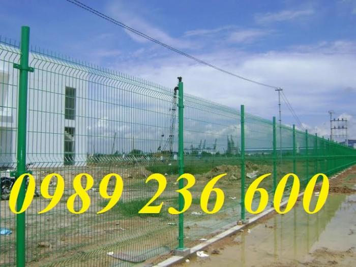 Hàng rào mạ kẽm sơn tĩnh điện màu xanh nõn chuối0