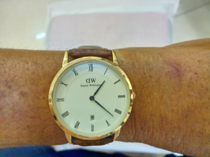 Đồng hồ quartz Nam dây da .0