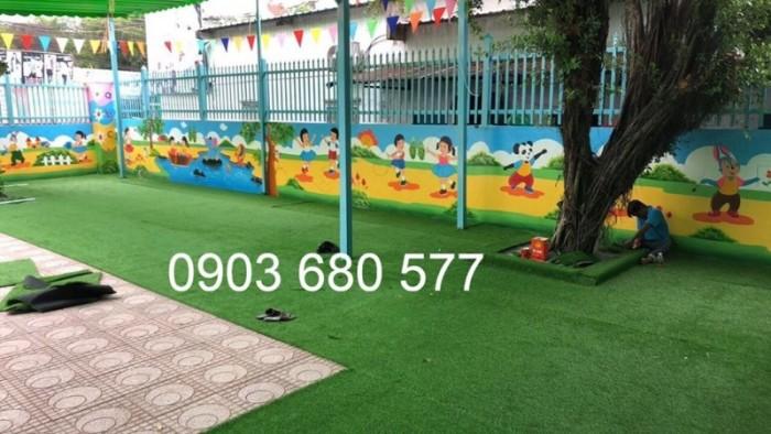 Chuyên nhận thi công cỏ nhân tạo trang trí cho trường mầm non, sân bóng, sân chơi9