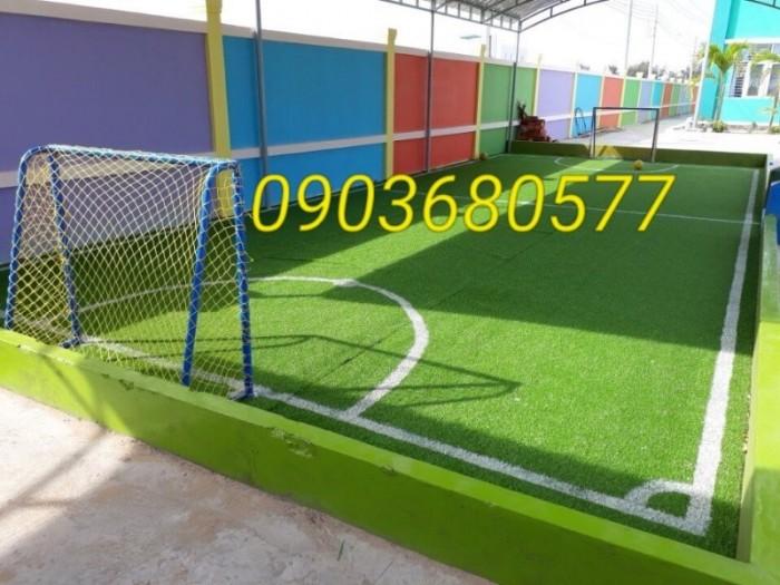 Chuyên nhận thi công cỏ nhân tạo trang trí cho trường mầm non, sân bóng, sân chơi15