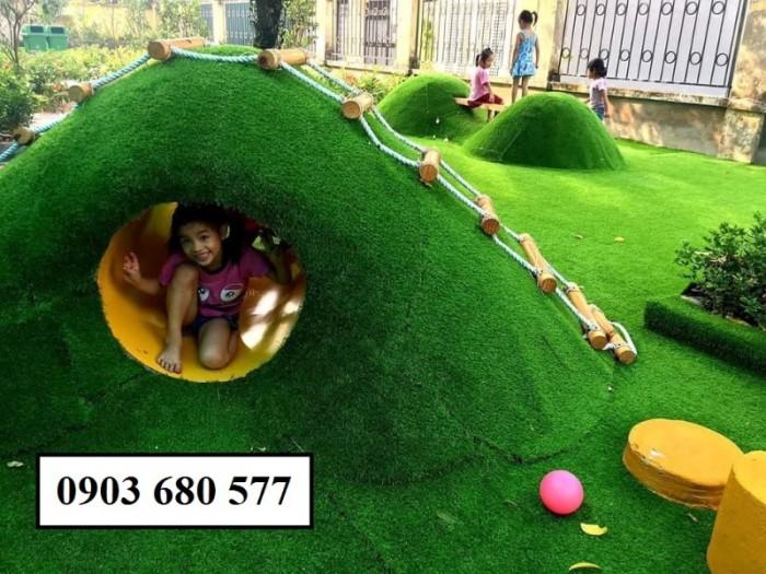 Chuyên nhận thi công cỏ nhân tạo trang trí cho trường mầm non, sân bóng, sân chơi14