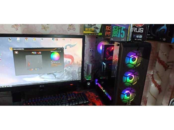 Máy tính bàn0