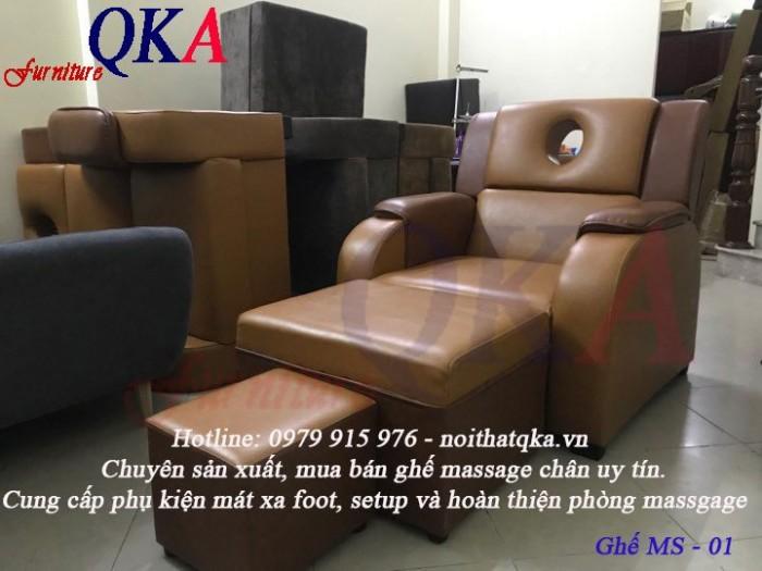 Chất liệu da bền đẹp, dễ dàng vệ sinh ghế massage mà không sợ bám bẩn 4