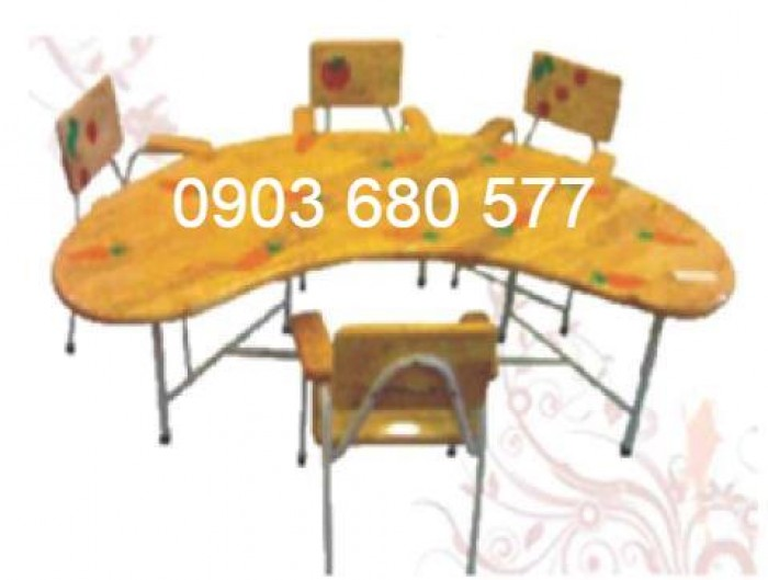 Cung cấp bàn ghế gỗ trẻ em cho trường mầm non, gia đình3