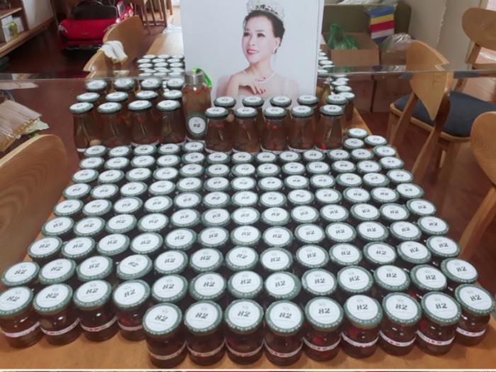 Chè dưỡng nhan tuyết yến - Suong's House thicchh11 1hop75 làm quà tặng, quà biếu1