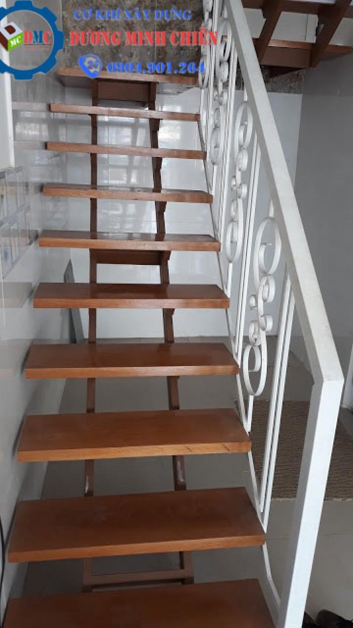 thang sắt bậc gỗ21