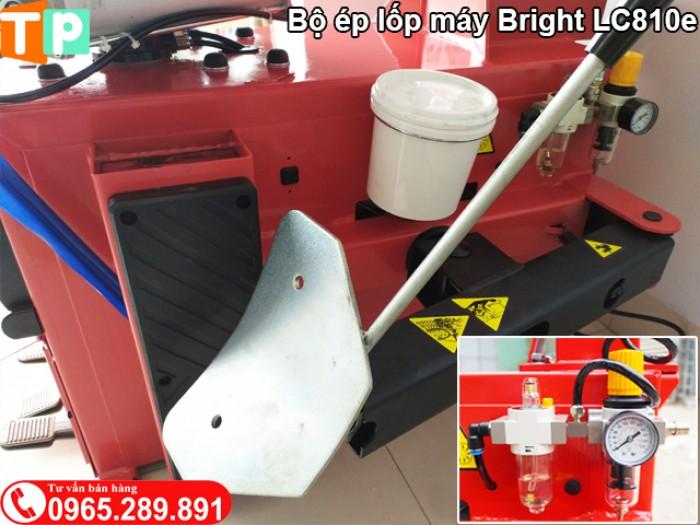 Bộ ép lốp máy tháo lốp Bright LC810e3