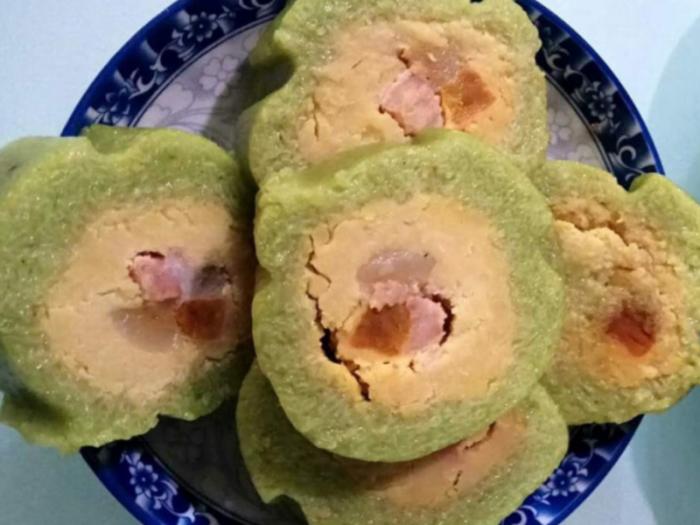 Bánh tét Trà Cuôn- Trà Vinh  - Suong's House phục vụ quí khách hàng Bánh tét  gói từ  Nếp Sáp hảo hạng nhất0