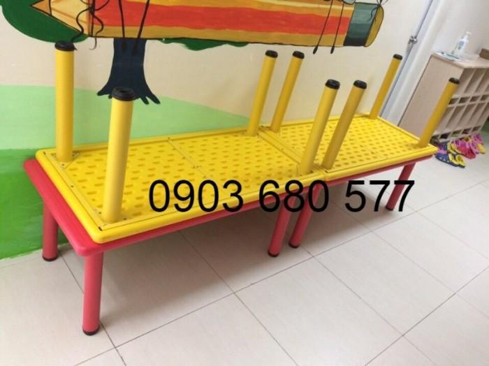 Nơi bán bàn nhựa hình chữ nhật cho trẻ em mầm non giá ƯU ĐÃI7